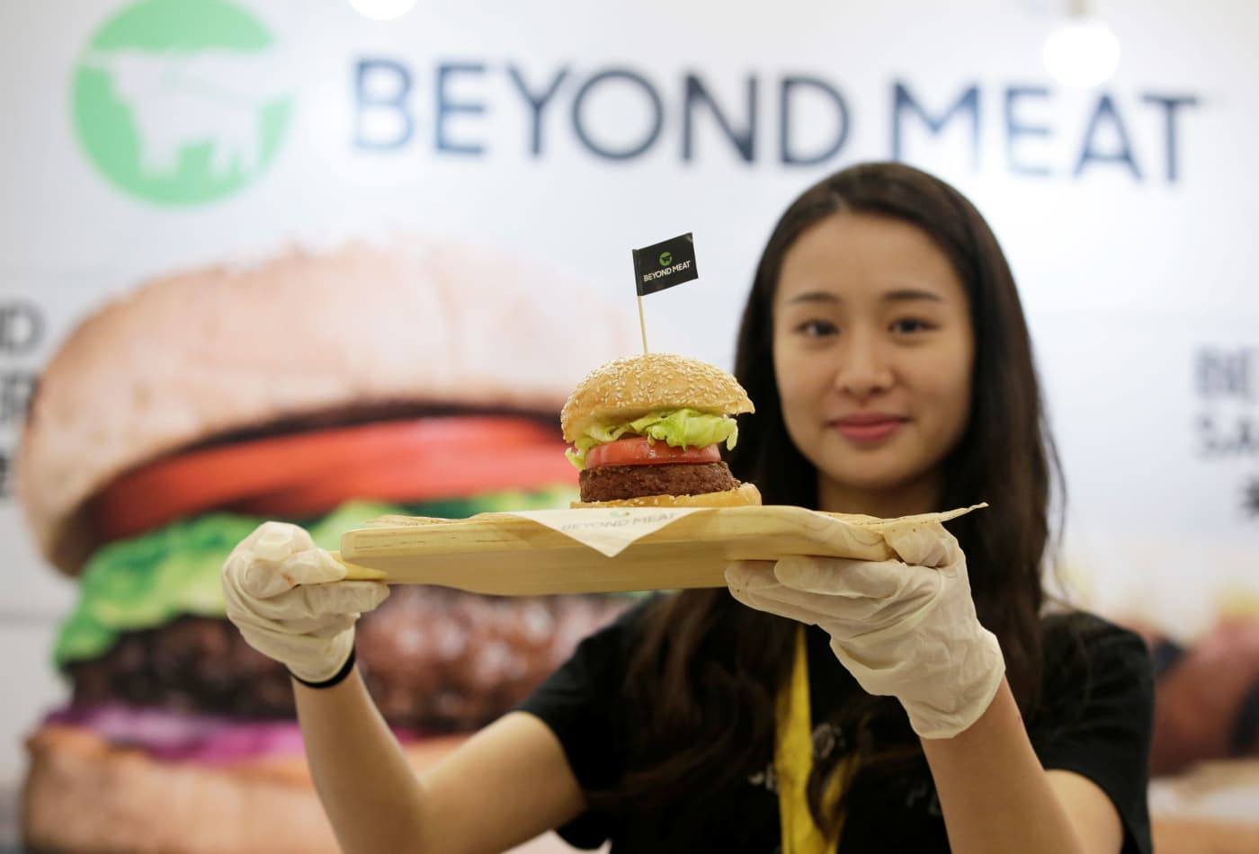 Beyond Meat revenue tripled, but shares fall as losses return
