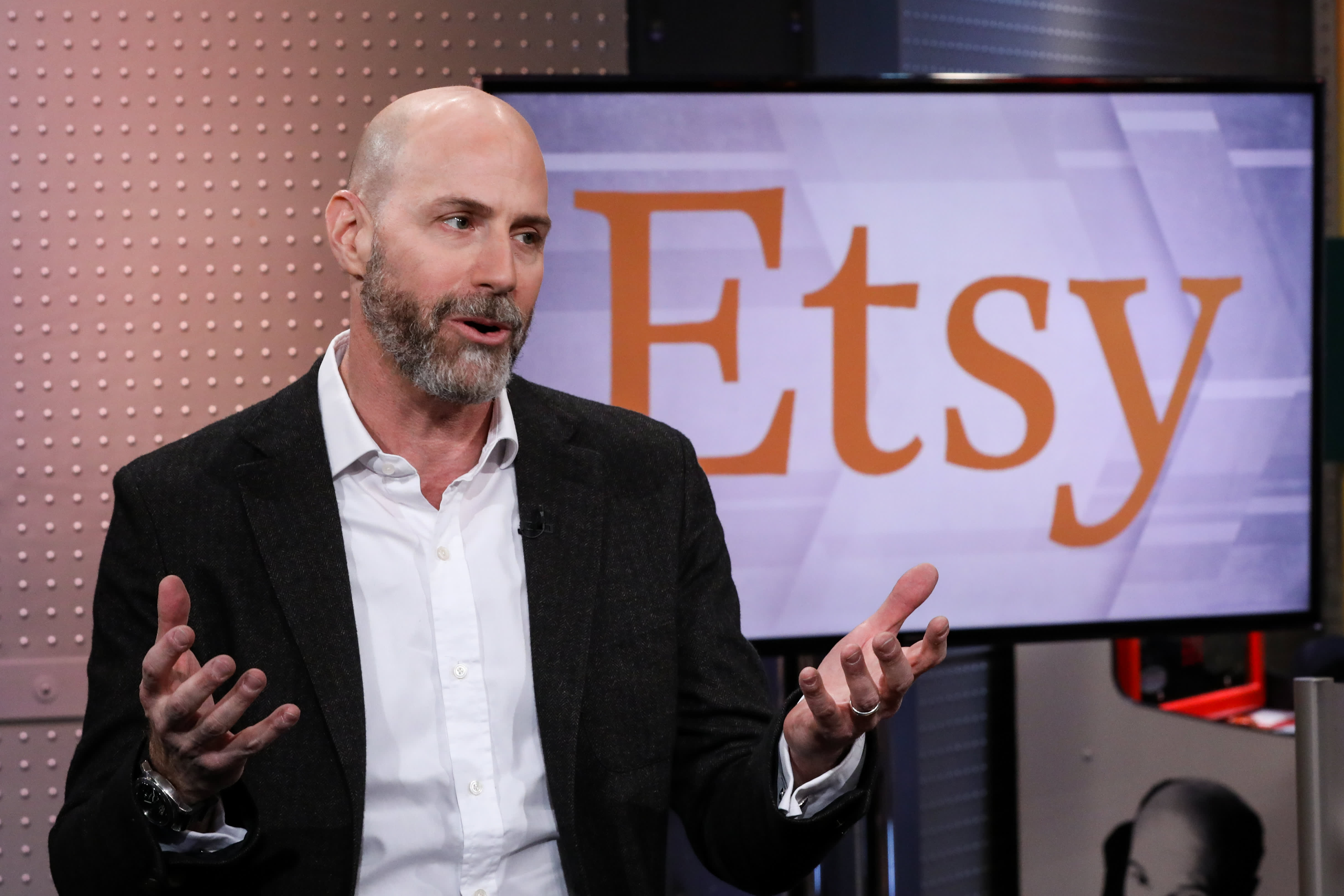 Etsy is working with social media influencers to help attract new shoppers, CEO says