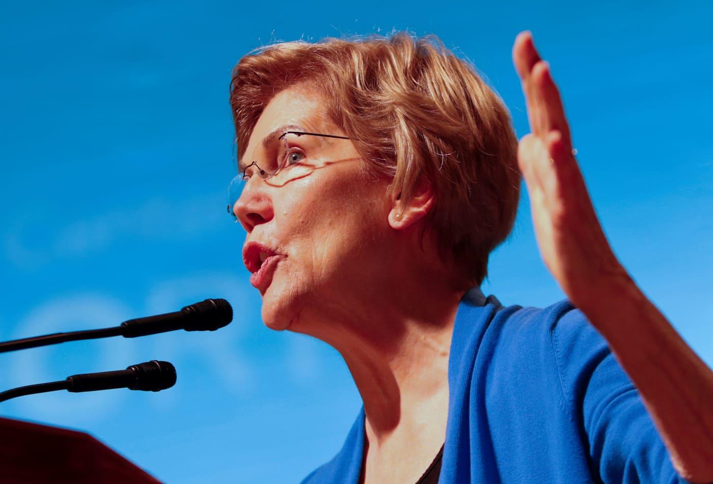 Sen. Elizabeth Warren demands 'corruption' probe after report of Amazon options purchase by Postal Service chief Louis DeJoy