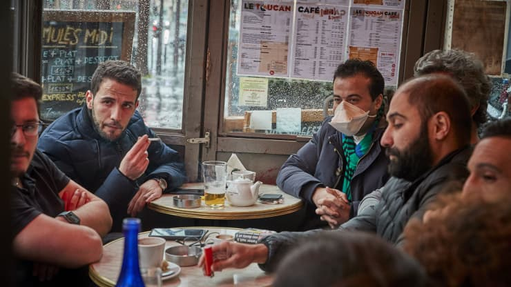 France closes restaurants, cafes, movie theaters and other nonessential shops to fight coronavirus