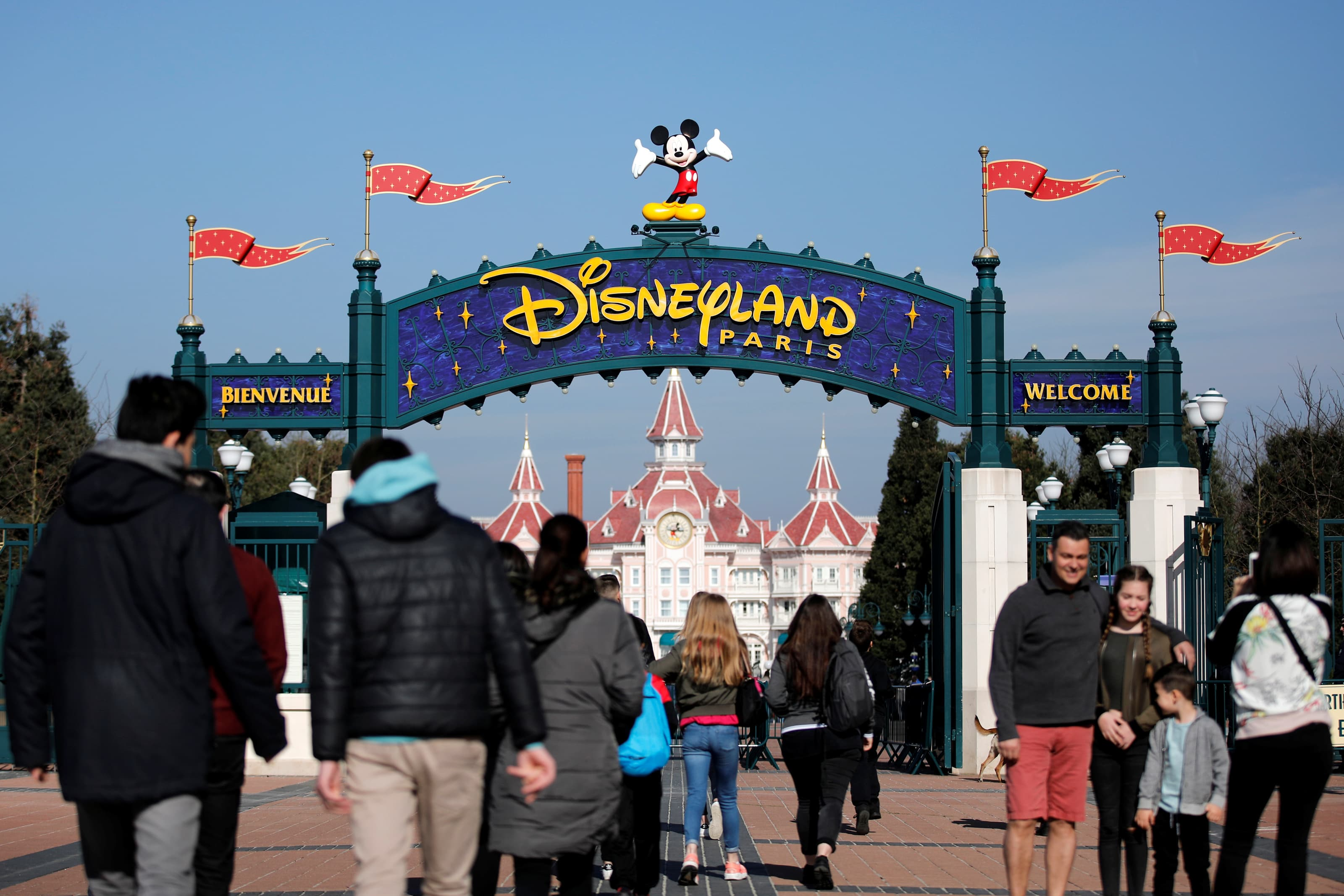 Disneyland Paris To Reopen July 15