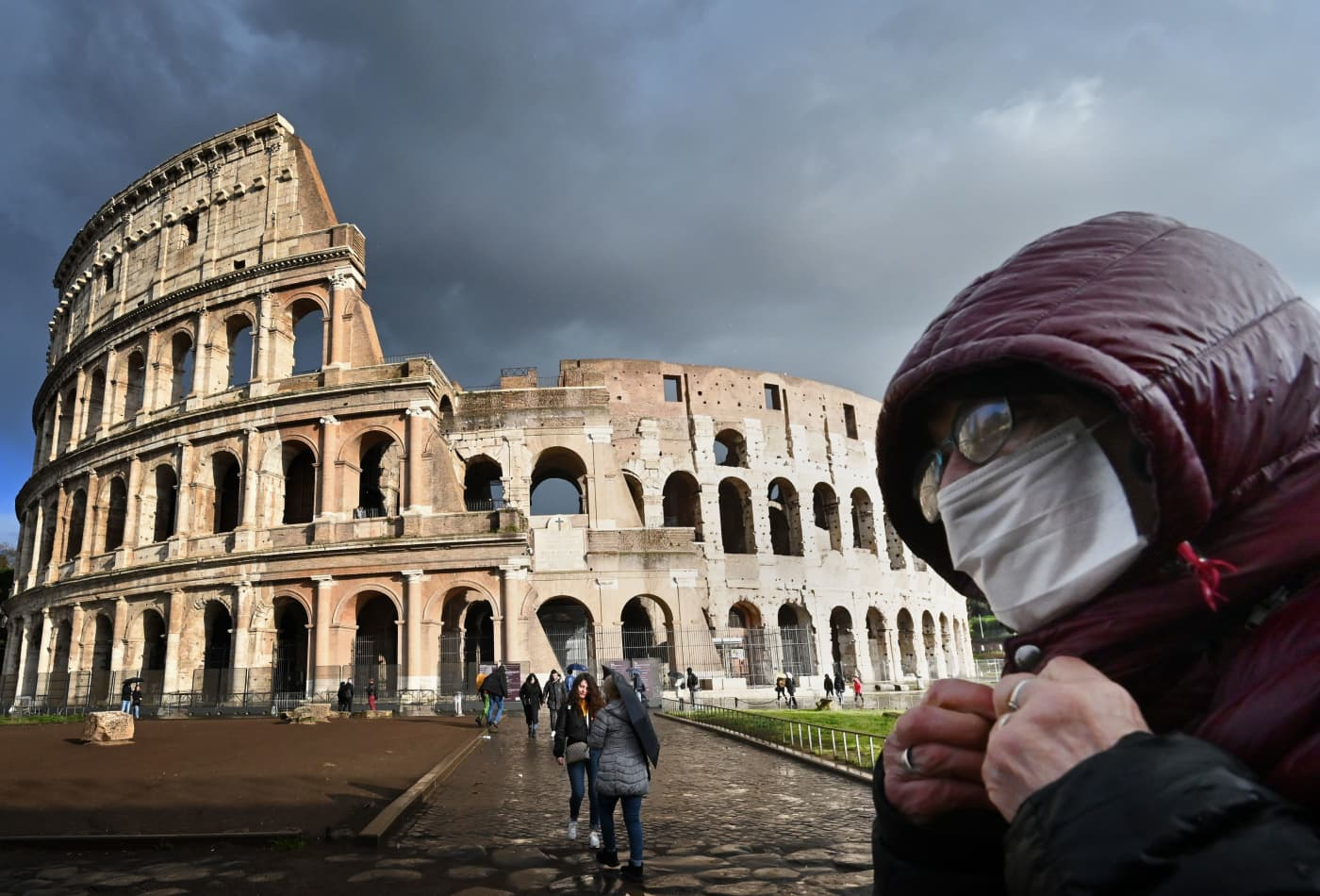 Italy extends its quarantine to the entire country; PM asks residents to stay at home