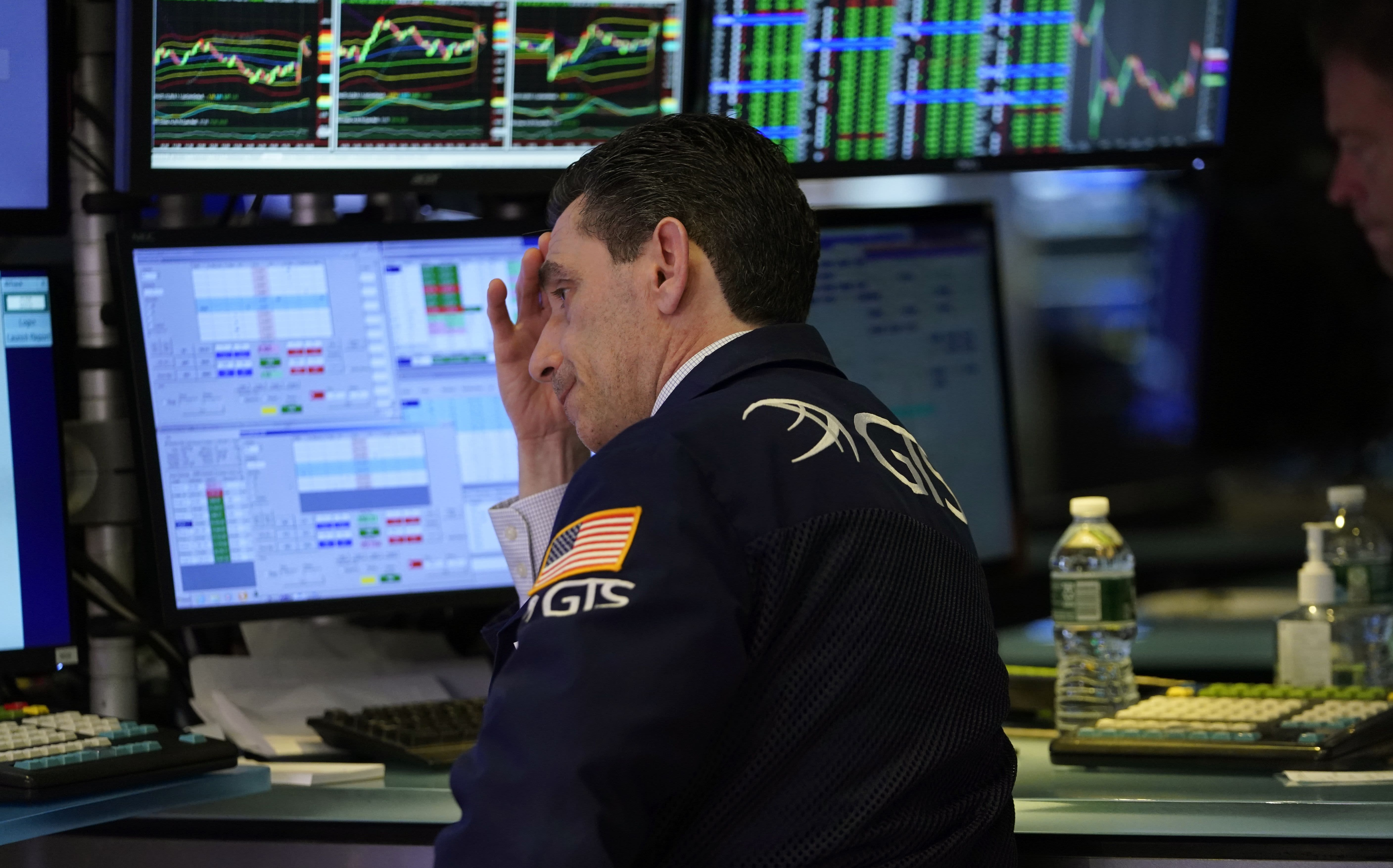 Goldman Sachs sees zero US economic growth as the coronavirus spreads