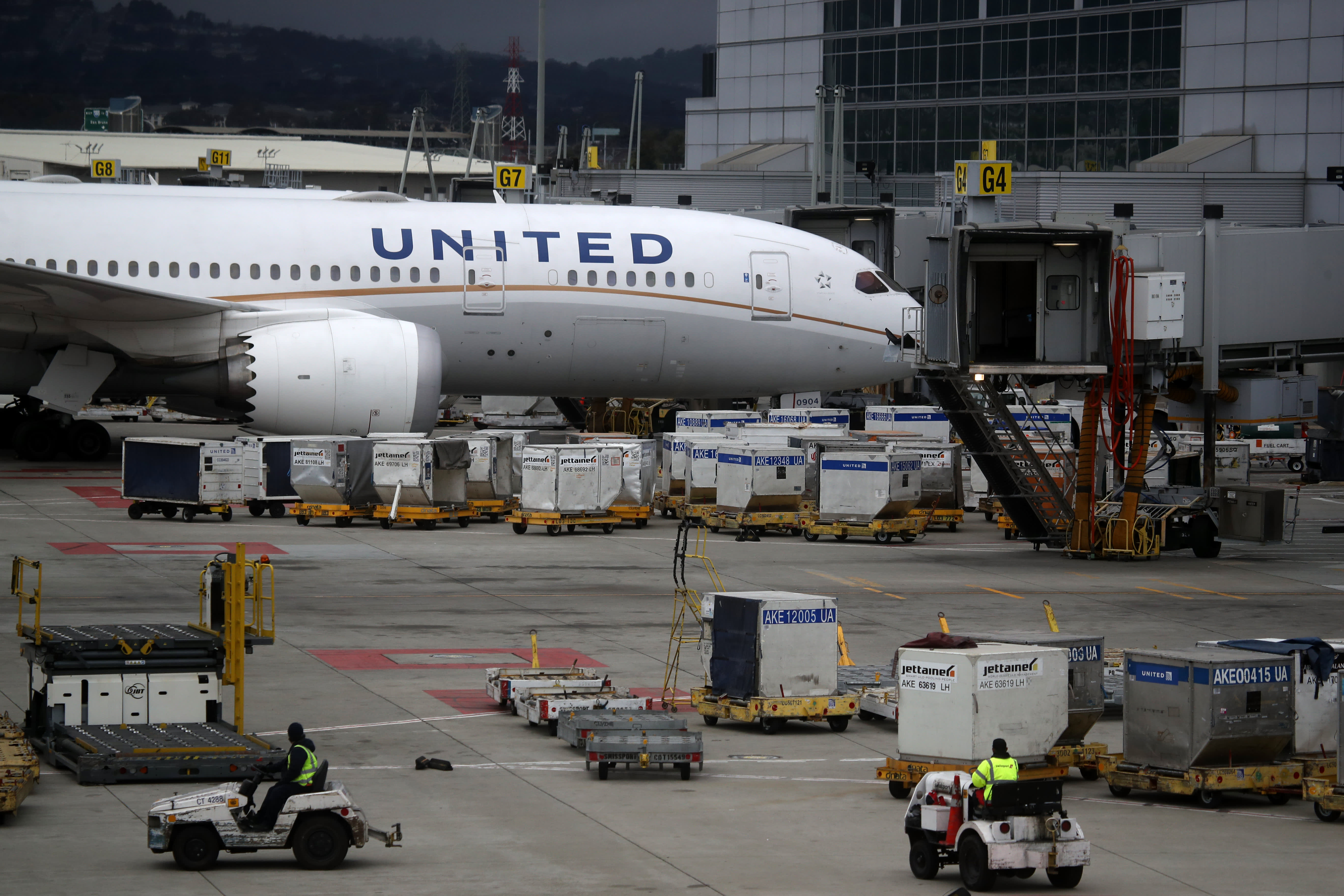 United Airlines, Pfizer, KB Home and more
