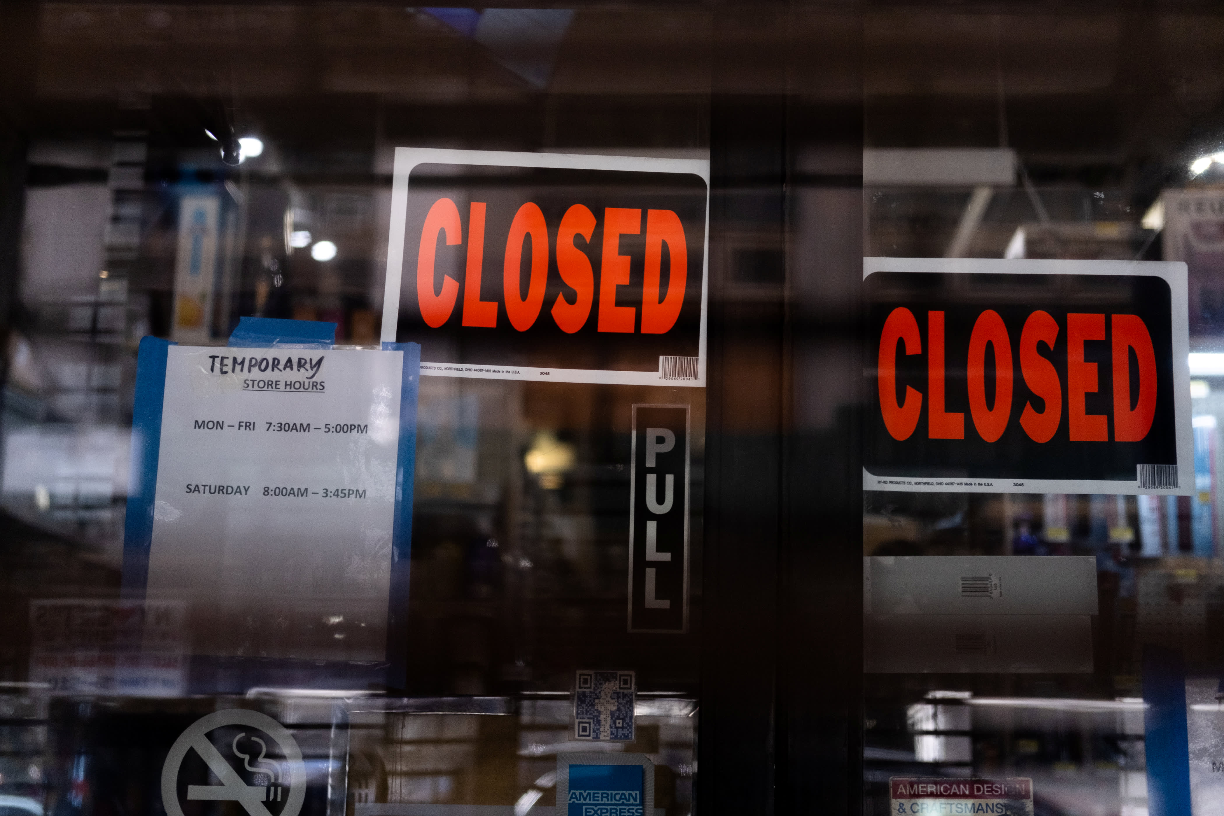 Retailers grapple with closed stores and paying rent