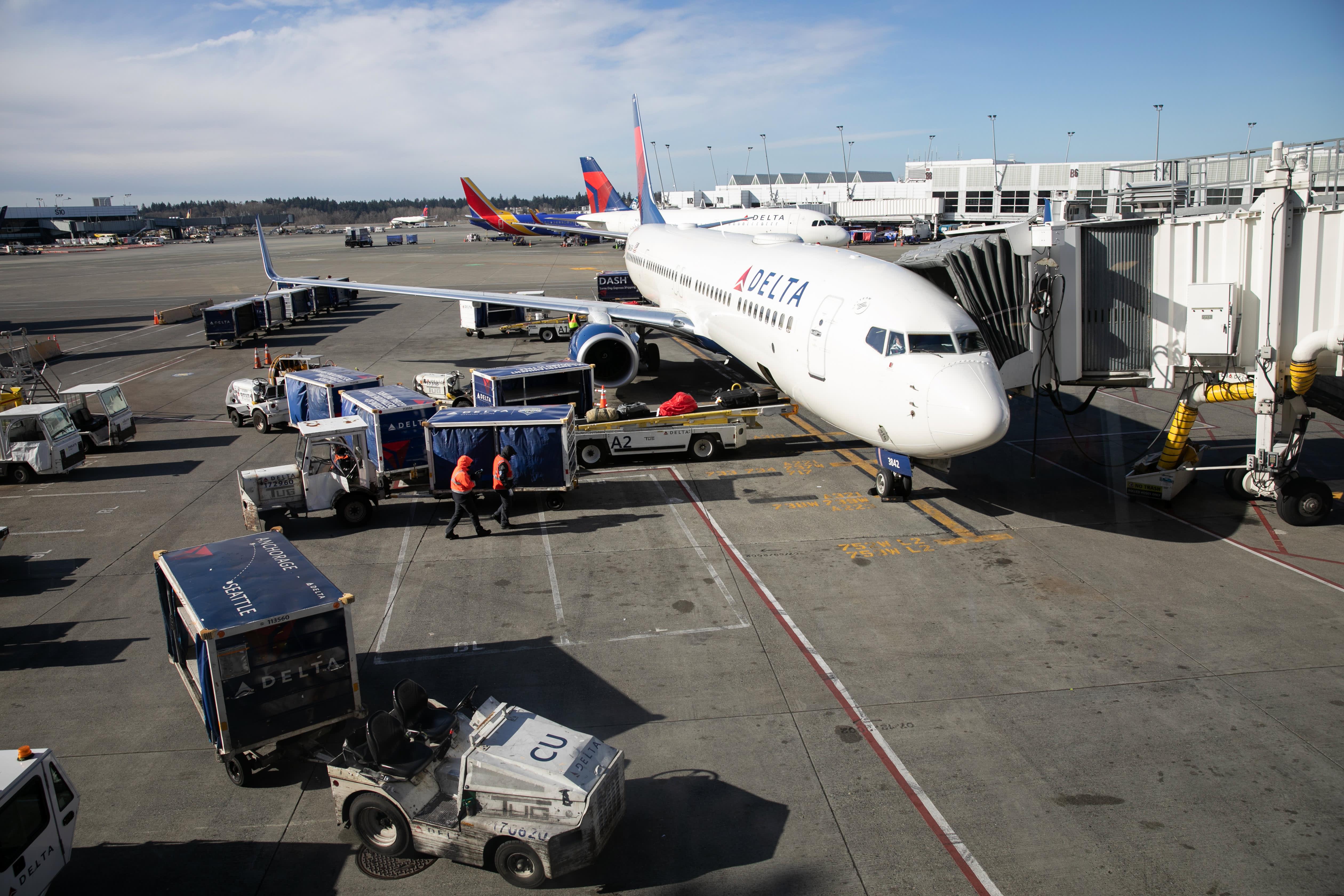 Coronavirus sends Delta's March revenue down $2 billion, airline to slash capacity by 70%