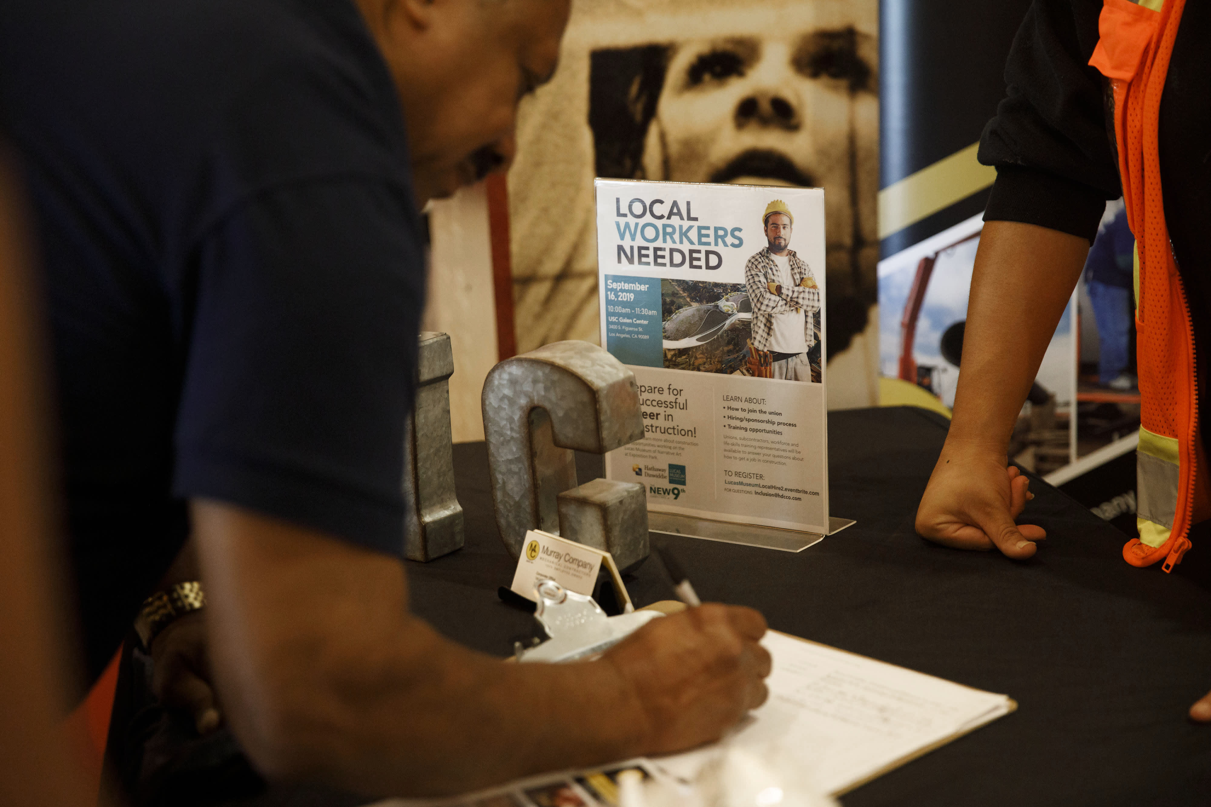 Weekly jobless claims jump to 281,000 ahead of surge in coronavirus layoffs