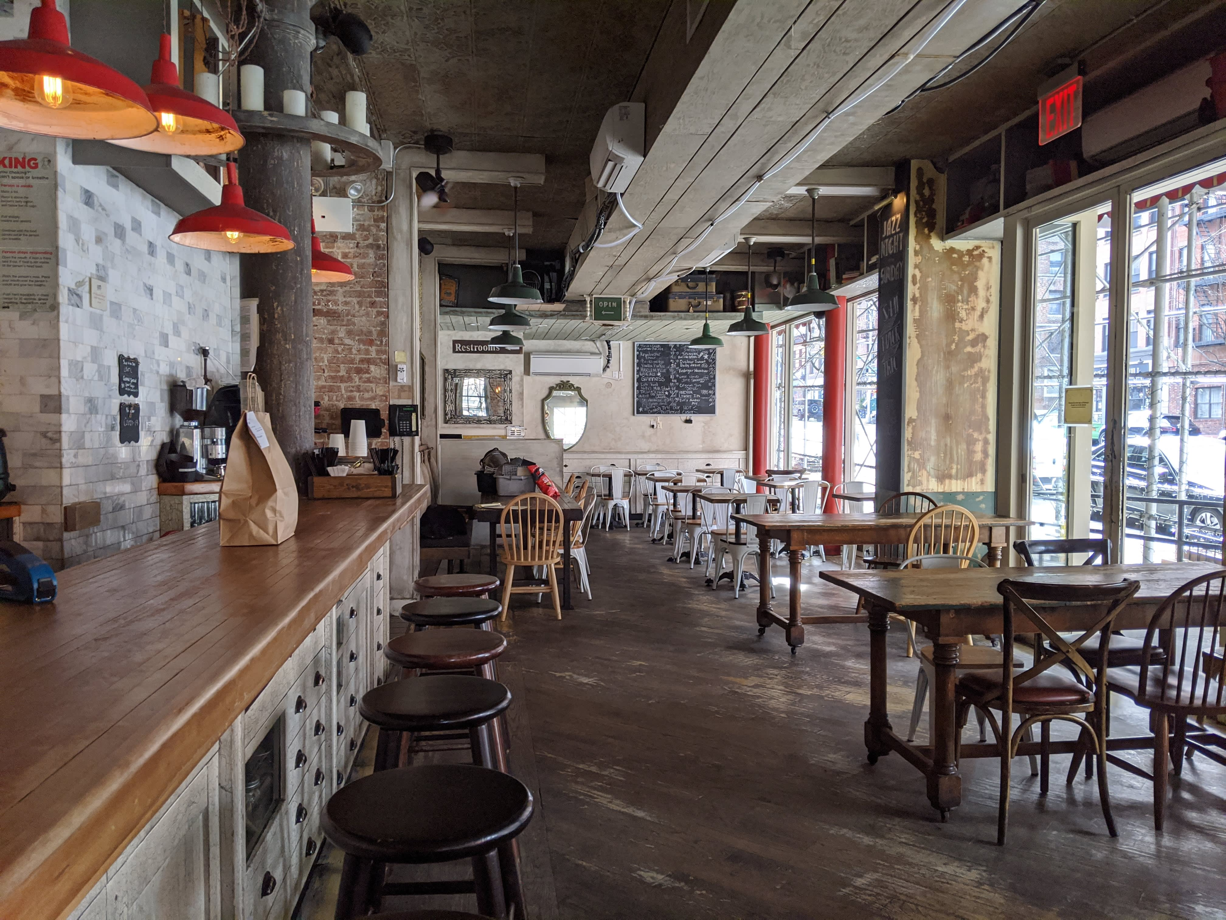 NYC restaurants face mass layoffs