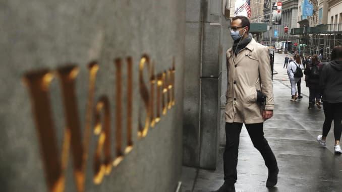 RT: Coronavirus Wall Street