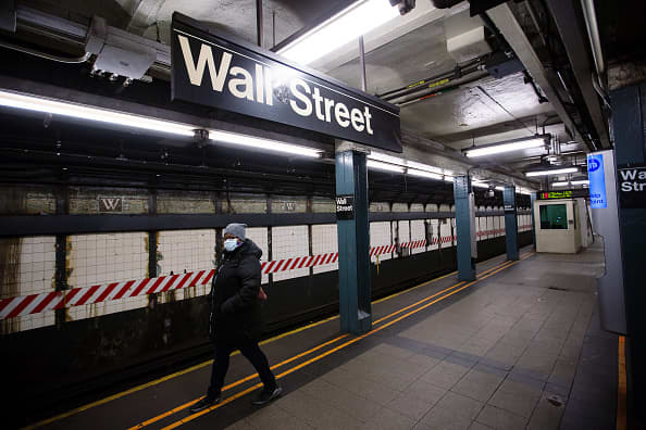 Stock futures rise as traders weigh rising coronavirus cases U.S. stimulus talks – CNBC