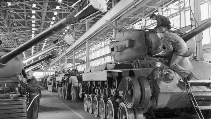 H/O: GM tank manufacturing during World War II