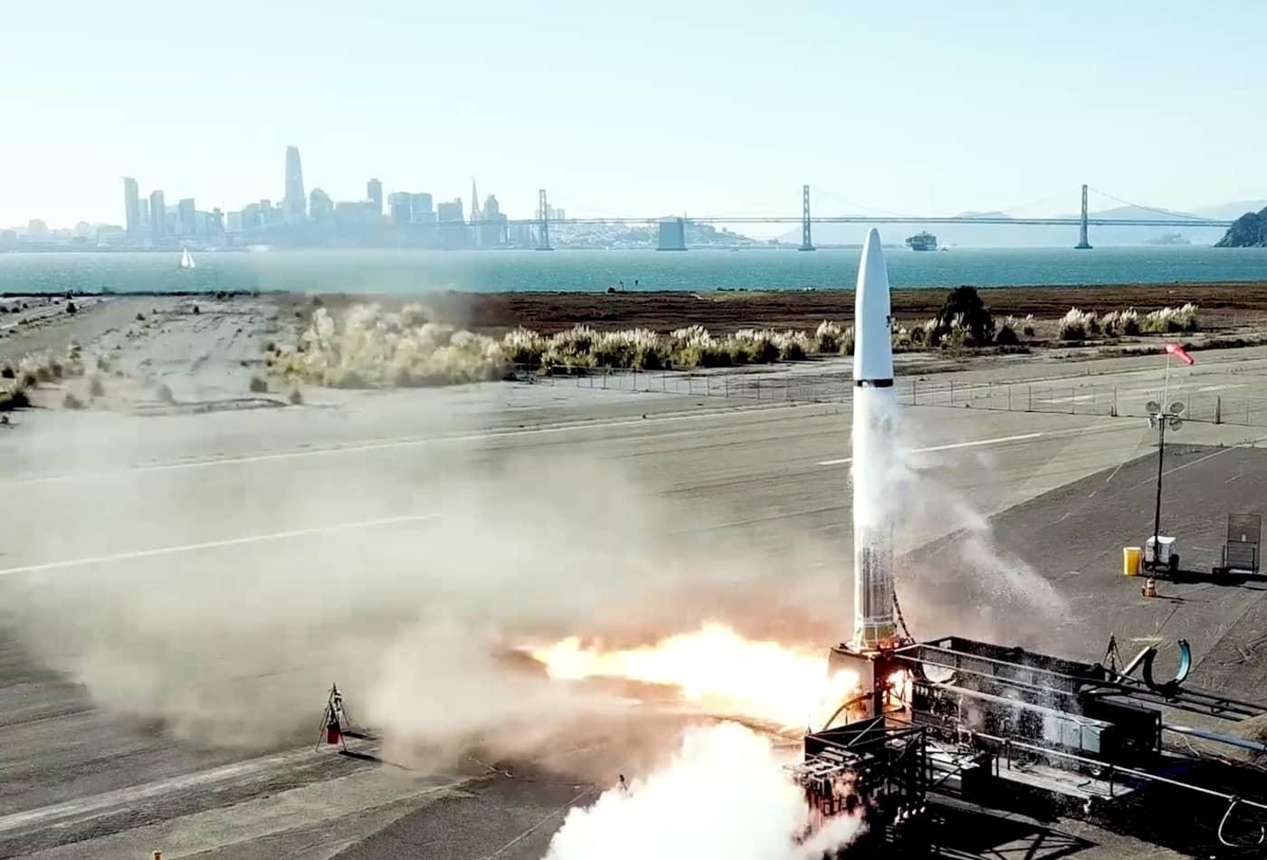 Rocket startup Astra trims staff to survive pandemic until next year