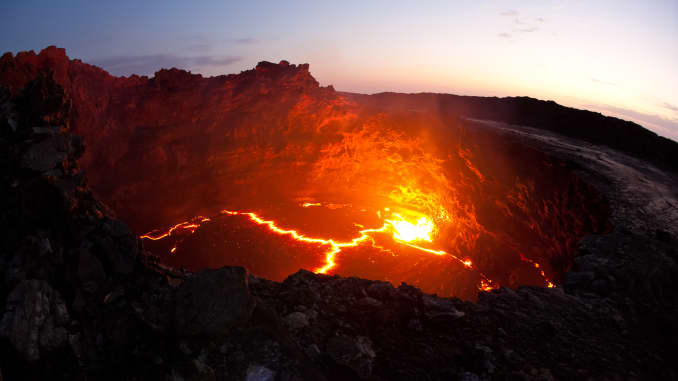 GP: Lava lake of Erta Ale 200408