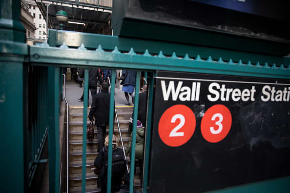 Stock futures open higher as investors wait for key inflation report thumbnail