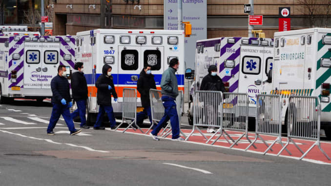 GP: Daily Life In New York City Amid Coronavirus Outbreak - 106484485