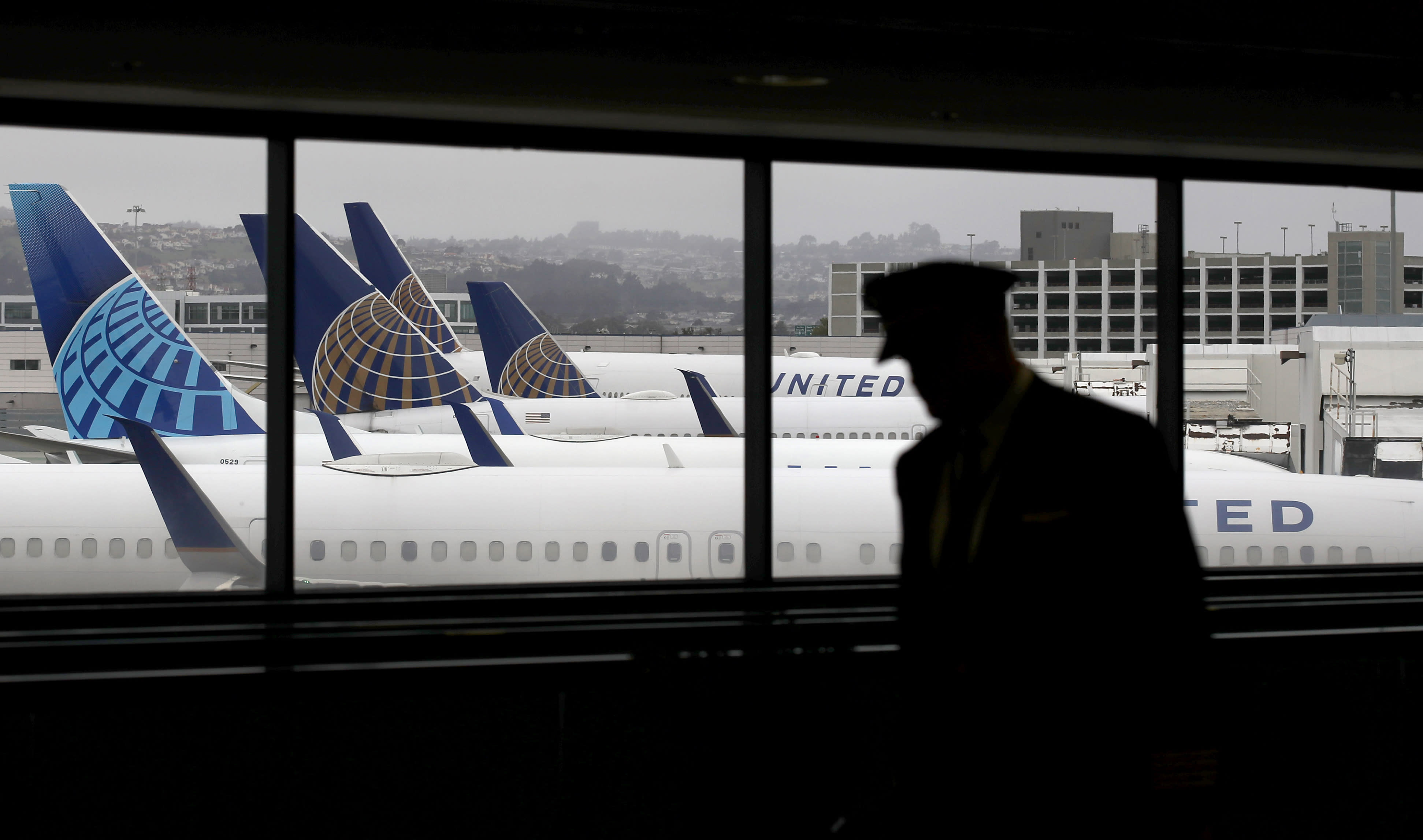 United, pilots union reach agreement to avoid close to 3,000 furloughs