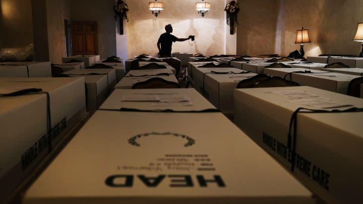 Us Coronavirus Death Toll Surpasses American Fatalities From The Vietnam War
