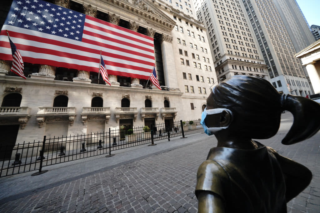 Stock futures slightly higher following sell-off on Wall Street
