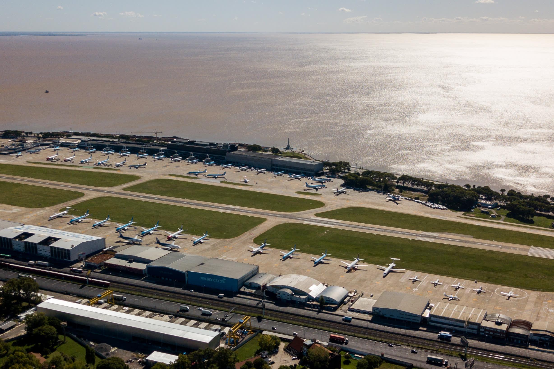 Argentina bans all commercial flights until September 1