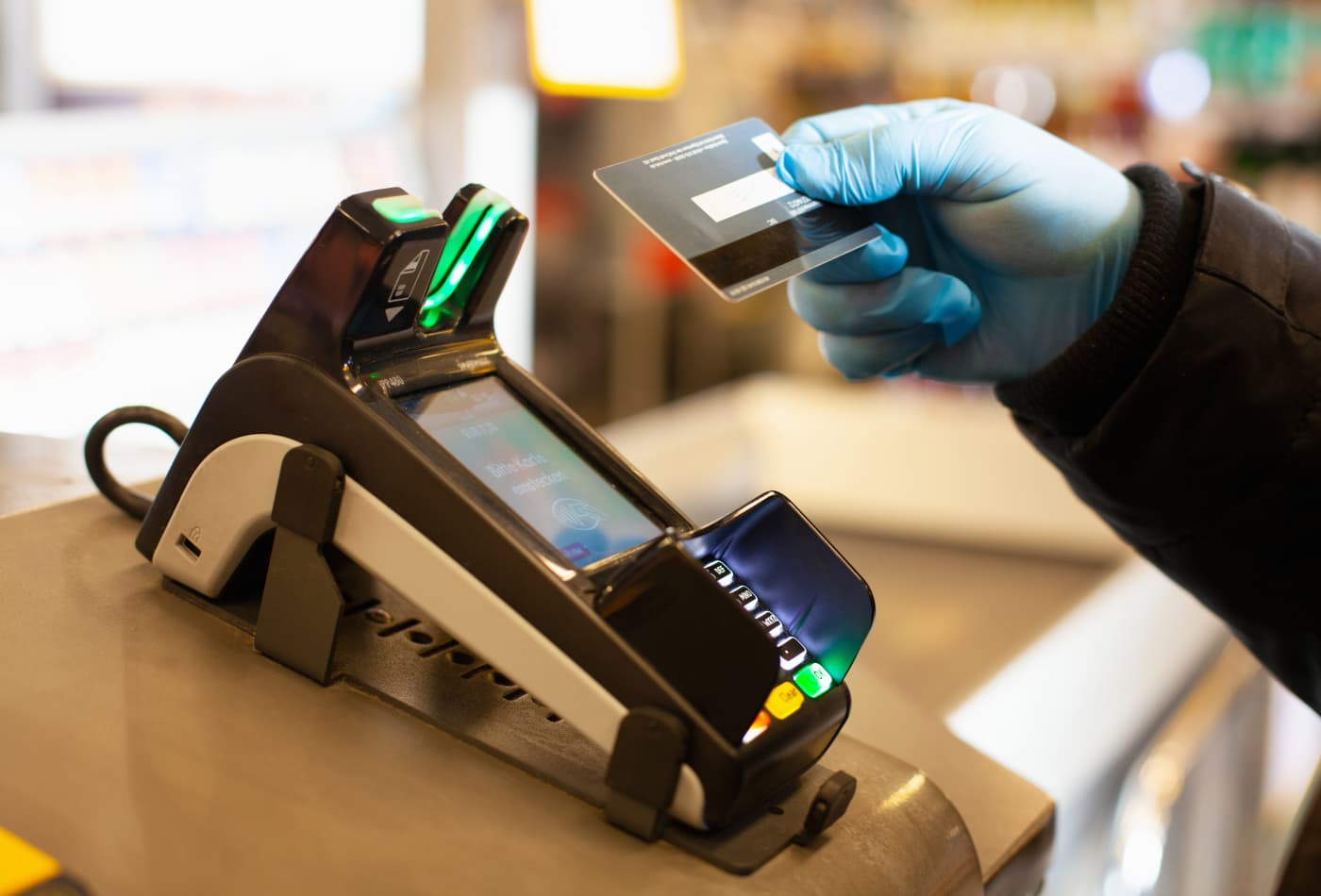 More than half of Americans now use contactless payments, according to Mastercard poll