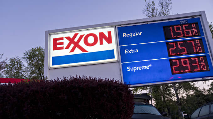 Low fuel prices at Exxon Mobil