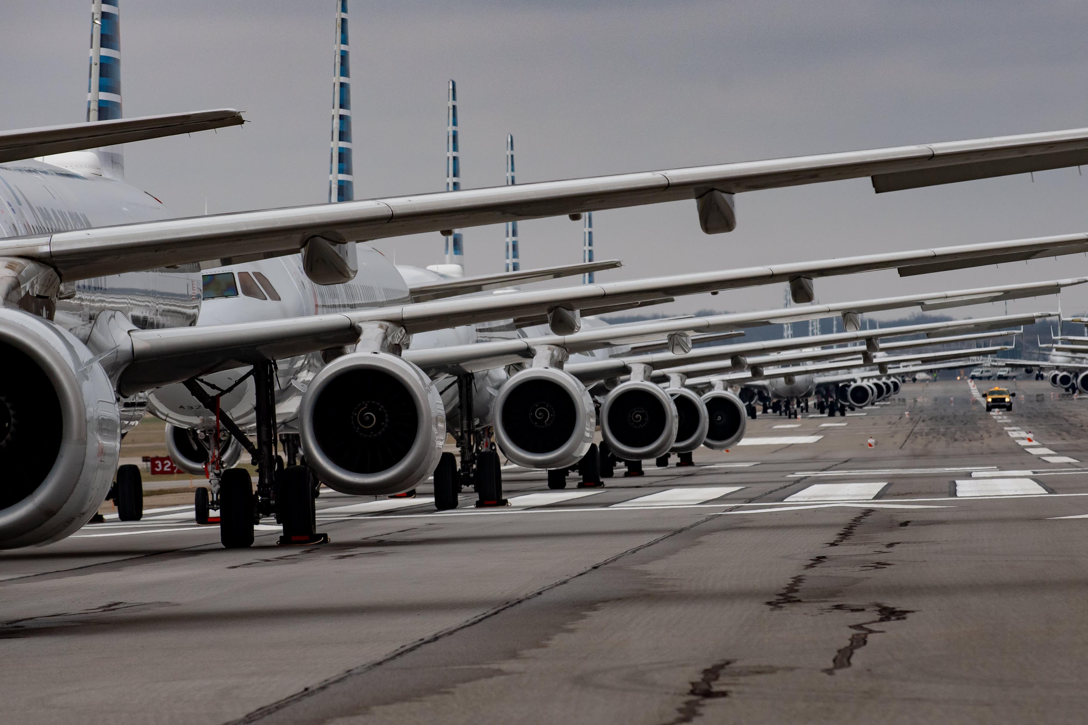 Coronavirus has upended another Warren Buffett bet on airlines