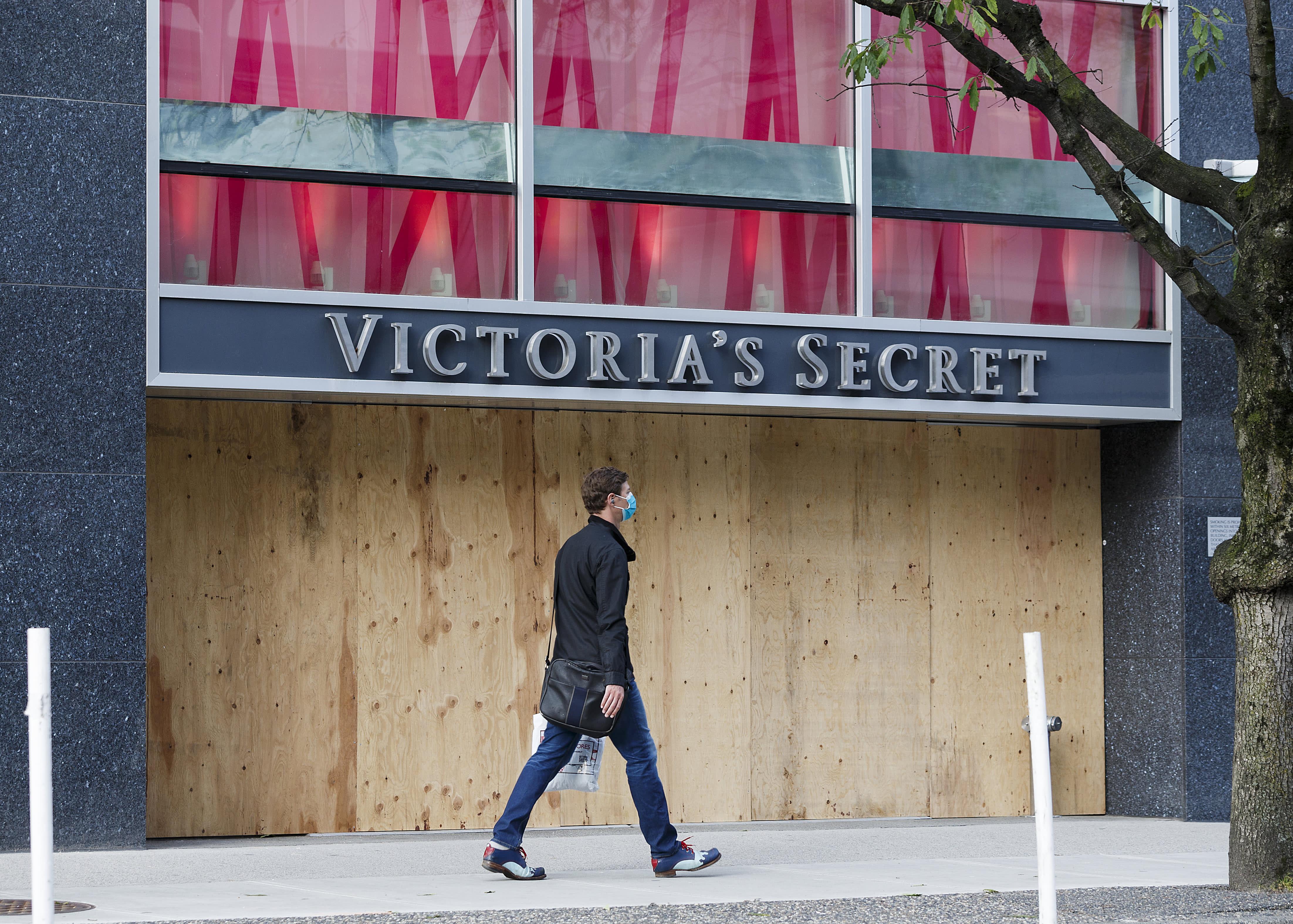 Victoria's Secret parent L Brands (LB) reports Q1 earnings