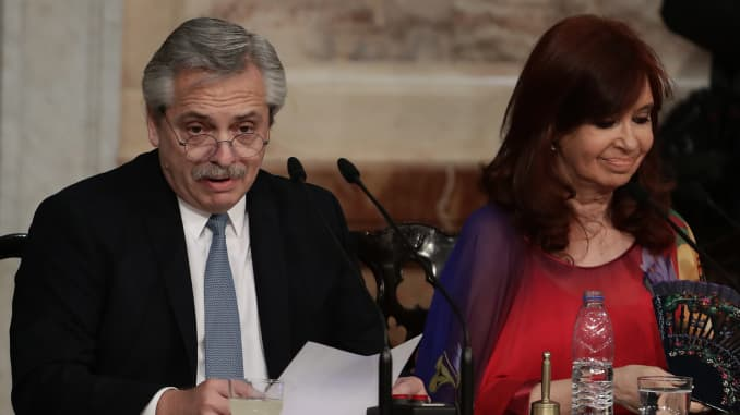 Argentine President Alberto Fernandez (L) delivers a speech, next to Vicepresident Cristina Fernandez de Kirchner, during the inauguration of the 138th period of ordinary sessions at the Congress in Buenos Aires, Argentina on March 1, 2020.