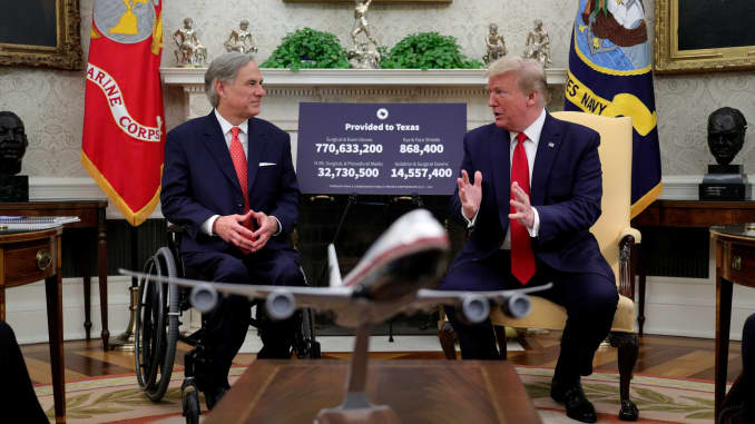 U.S. Donald Trump meets with Texas Governor Greg Abbott about coronavirus disease (COVID-19) response in the Oval Office at the White House in Washington, May 7, 2020.