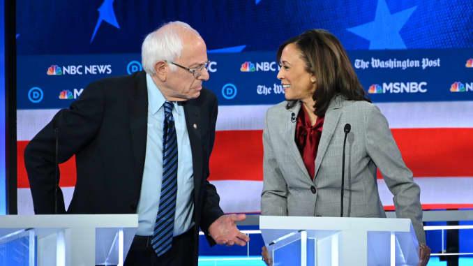 Coronavirus Kamala Harris Bernie Sanders Propose 2 000 Monthly Payments