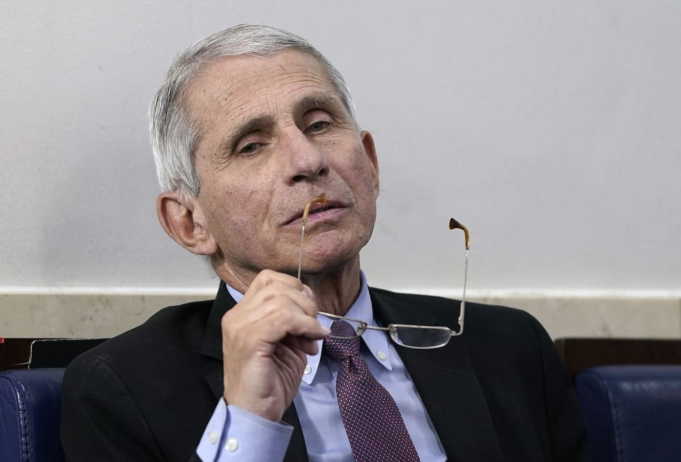 Dr. Anthony Fauci isn't 'particularly concerned' about the safety of Moderna coronavirus vaccine