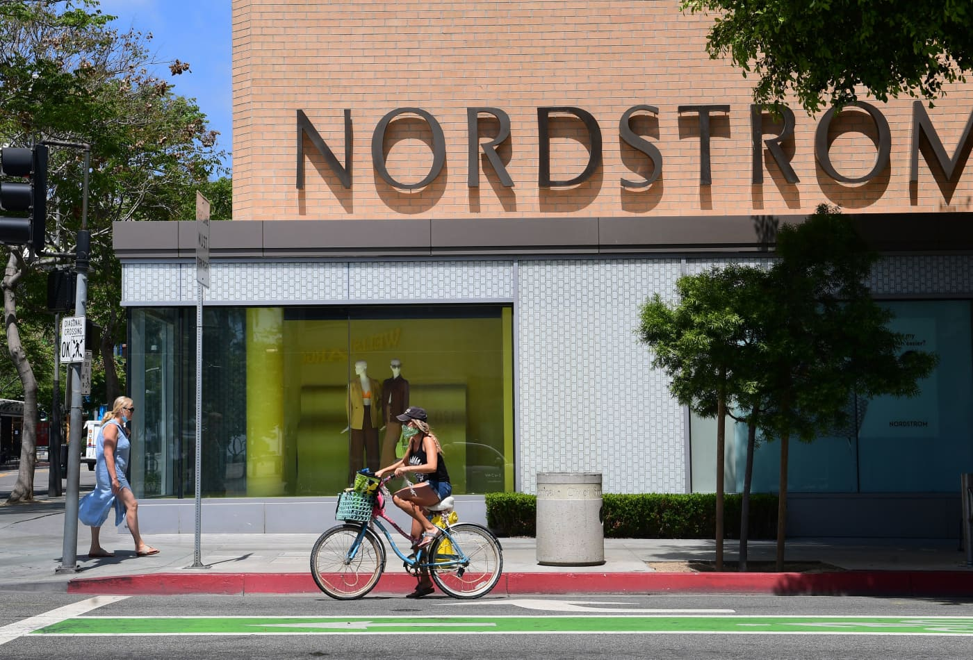 Nordstrom shares tumble as 2021 sales outlook disappoints, retailer sees bigger shift to Rack