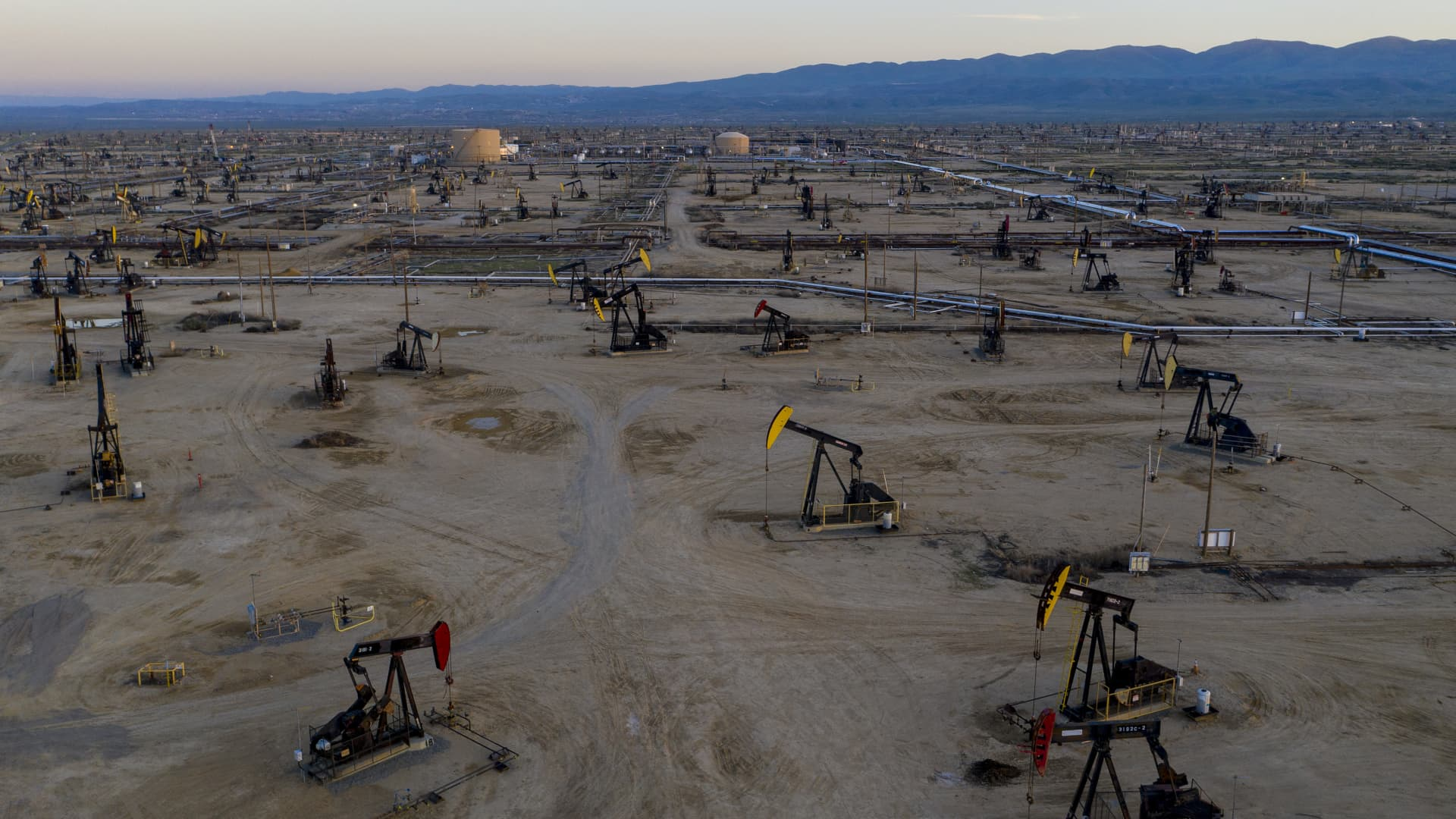 South Belridge Oil Field is the fourth-largest oil field in California and one of the most productive in the U.S.