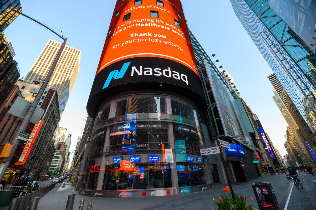S&P 500 futures rise as tech shares jump, but gains are capped as financiers wait for election winner thumbnail