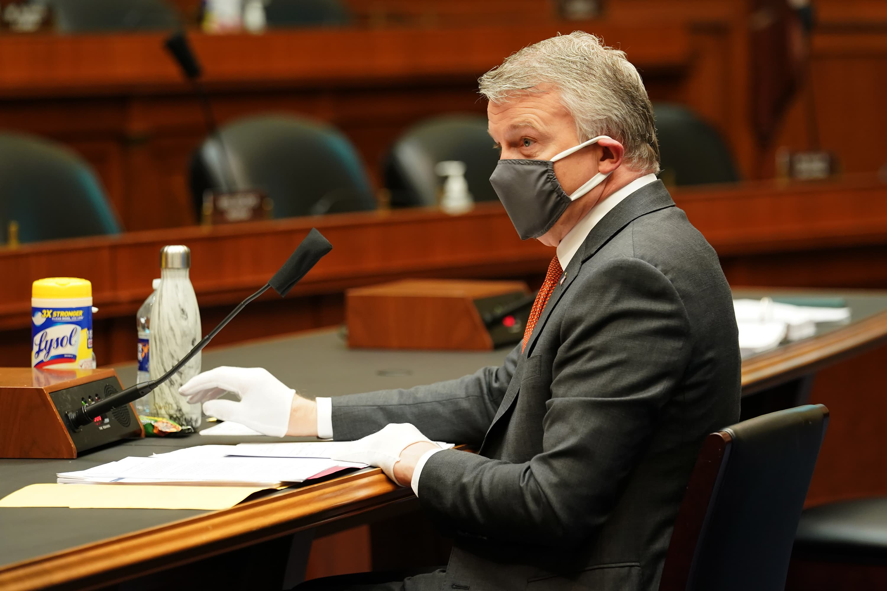'Lives were lost' as US officials refused to ramp up production of N95 masks