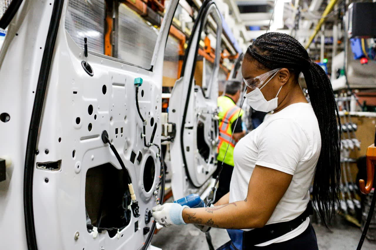 Hurdles remain for an auto industry recovery as Detroit plants reopen