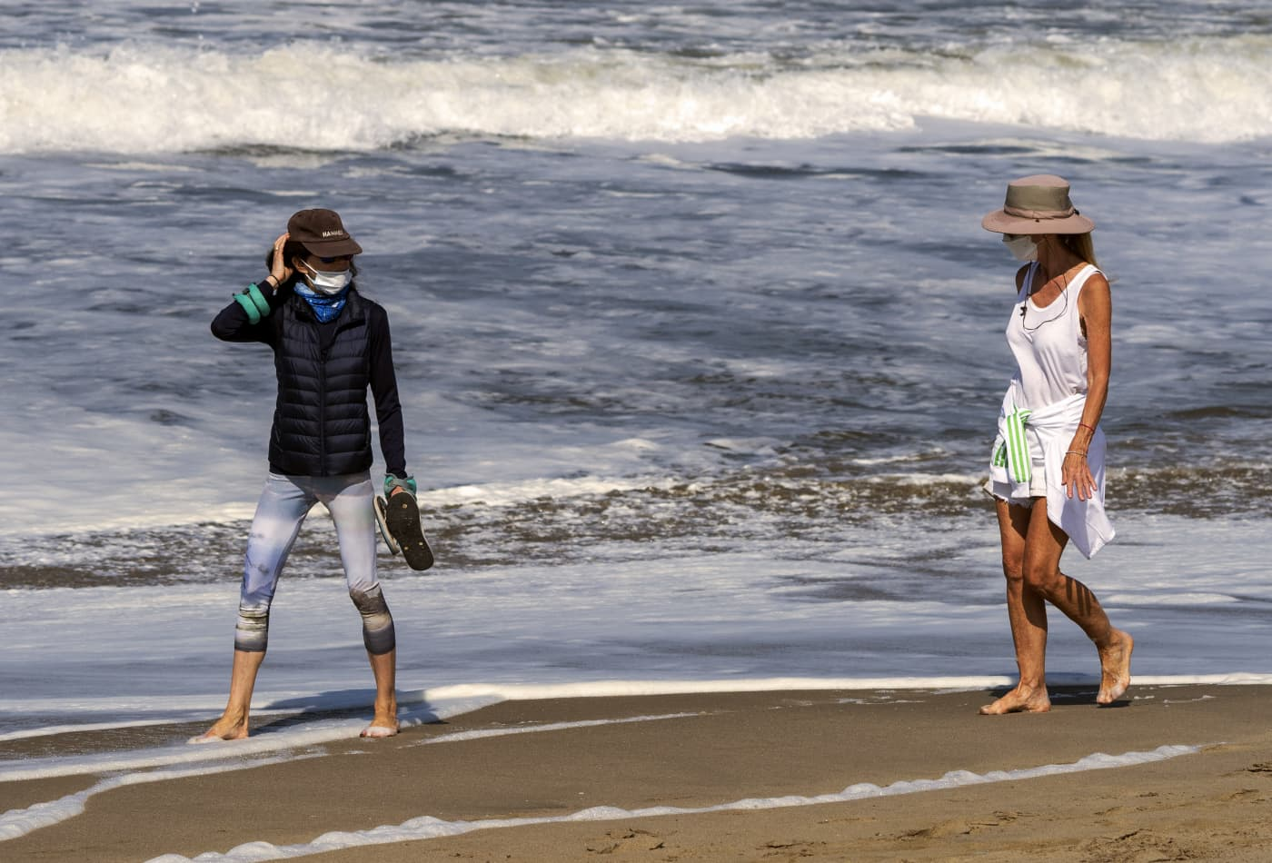 How to stay safe if going to park or beach during Covid-19 pandemic