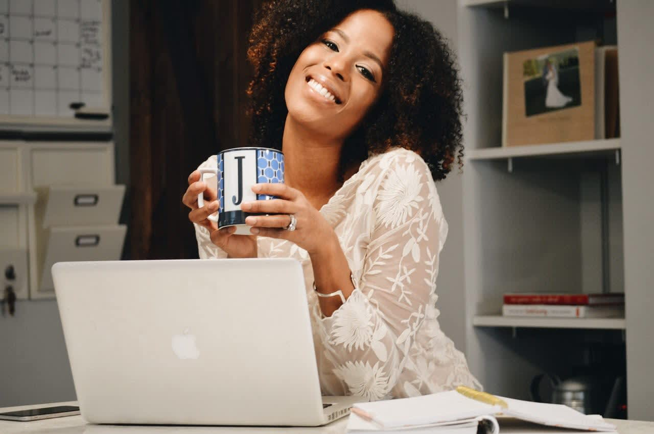 I saved $169,000 in 2 years and turned a side hustle into a full-time job: Here's my best advice