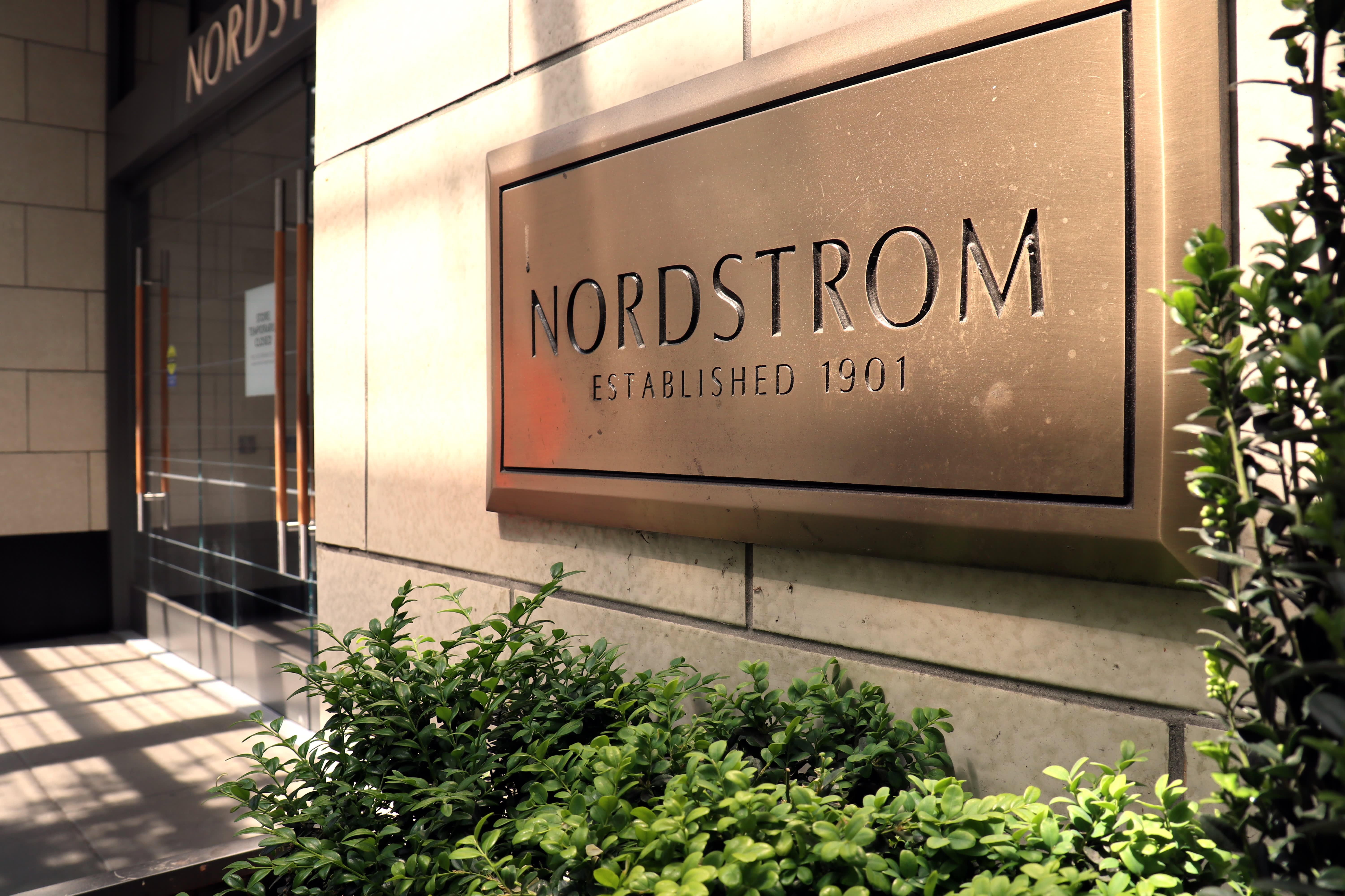 Nordstrom shares fall as shipping delays boost retailer's inventory heading into 2021
