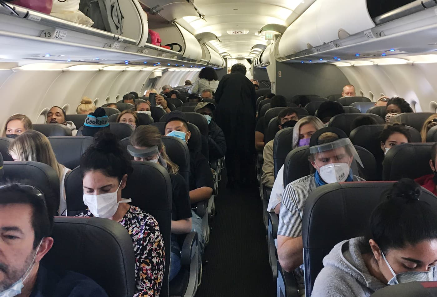 I flew cross-country during the pandemic—here's how I would prepare differently if I had to do it again