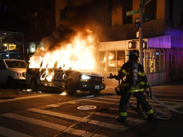 Live updates: Cities impose curfews, National Guard mobilizes as U.S. faces another night of unrest