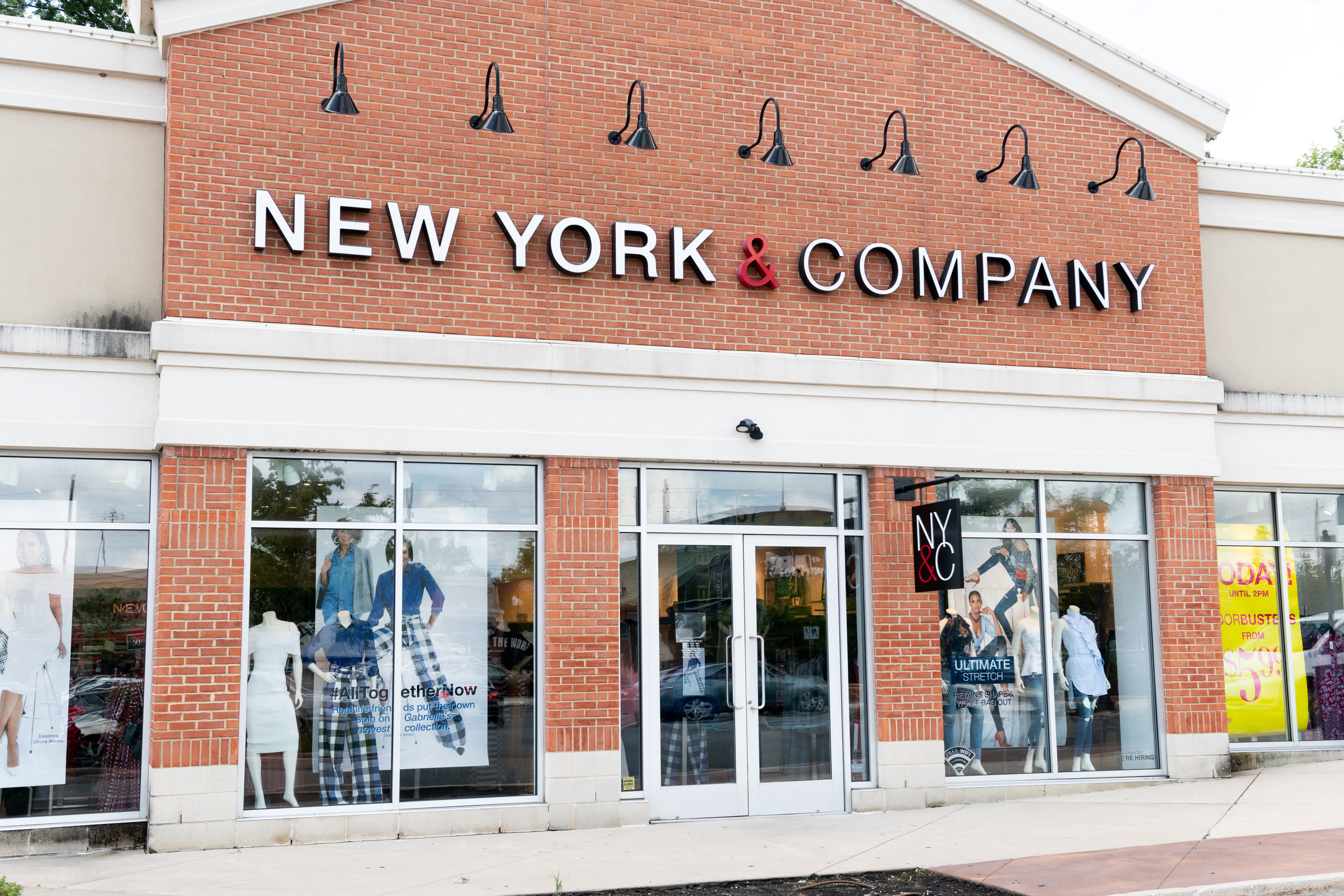 New York & Company owner RTW Retailwinds warns bankruptcy filing imminent