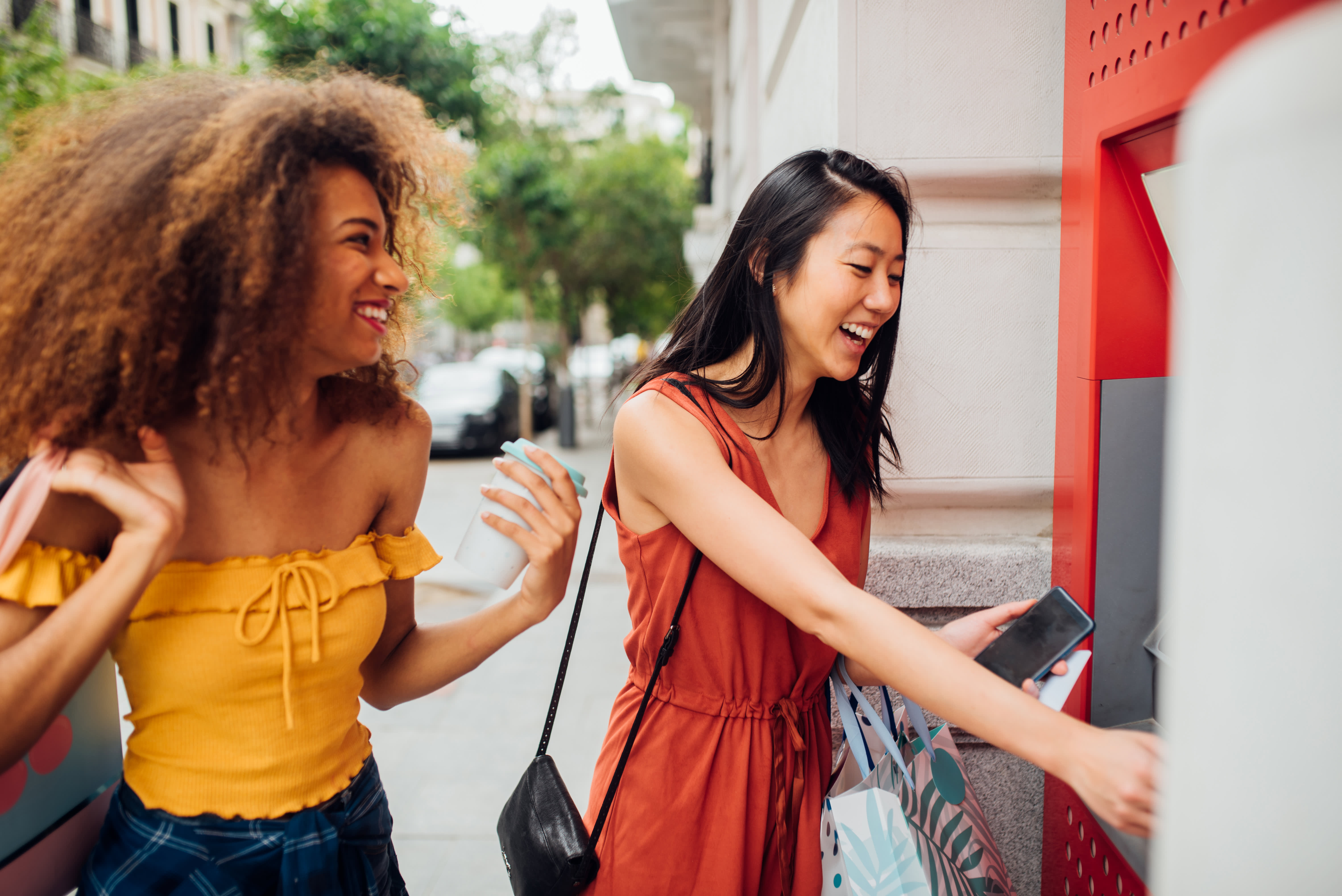 Can I Use a Credit Card to Withdraw Money at an ATM?