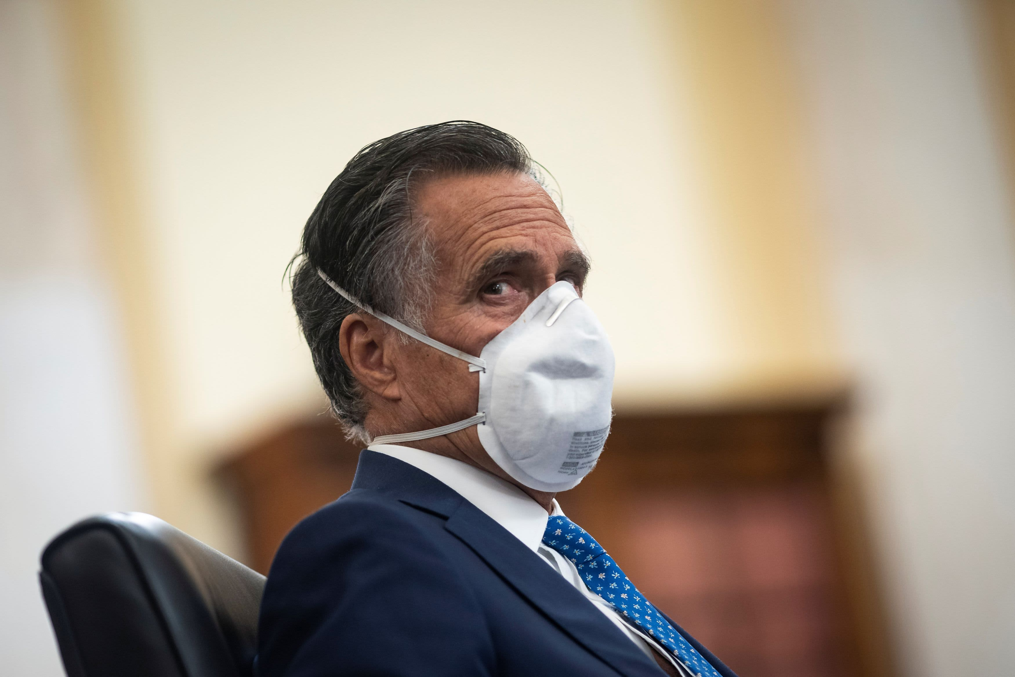 Romney slams Trump administration over U.S. coronavirus death toll — 'There's no way to spin that'