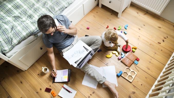 Os americanos estão cansados de trabalhar em casa durante a pandemia do coronavírus
