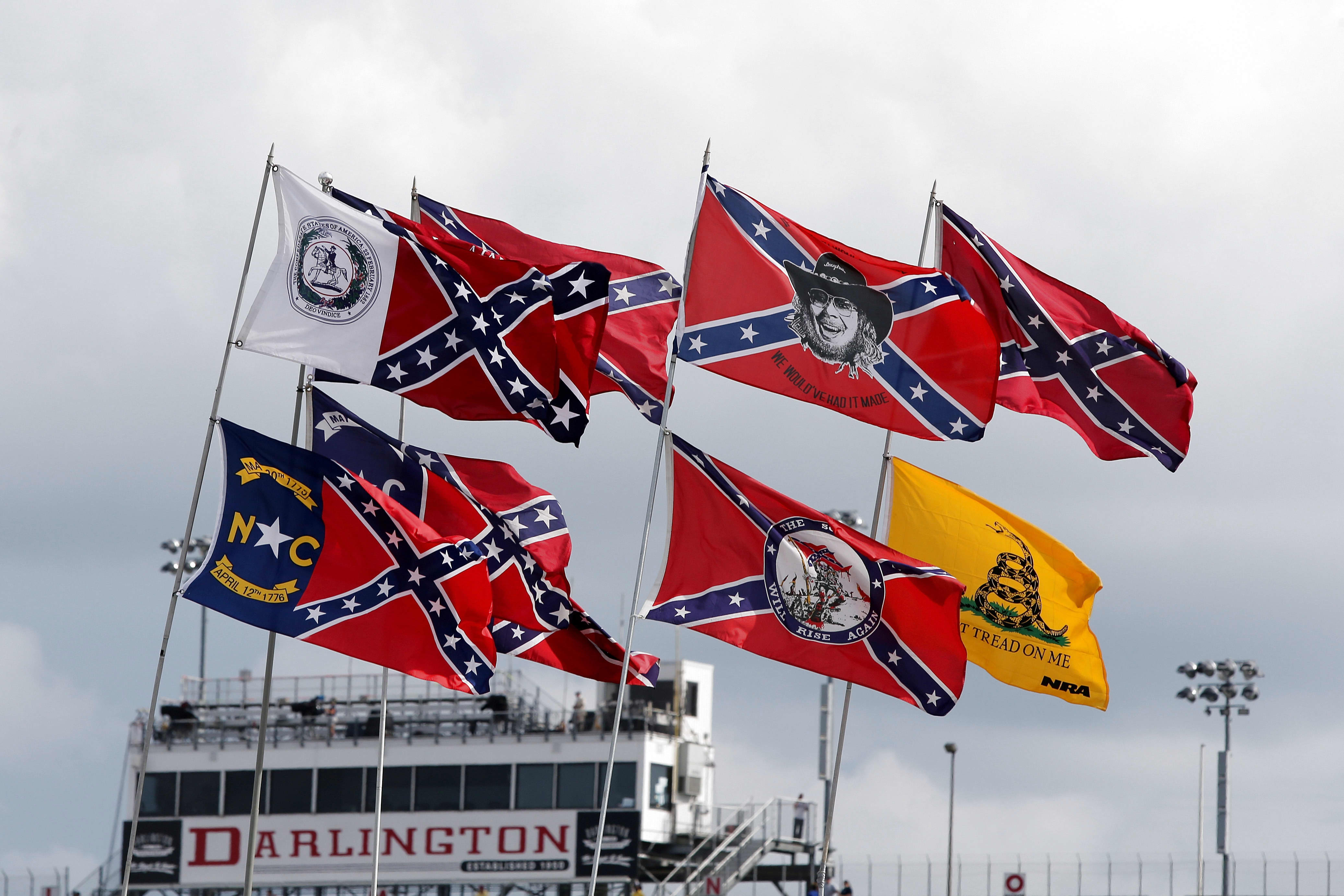 Trump Rips Nascar For Confederate Flag Ban Targets Black Driver Bubba Wallace