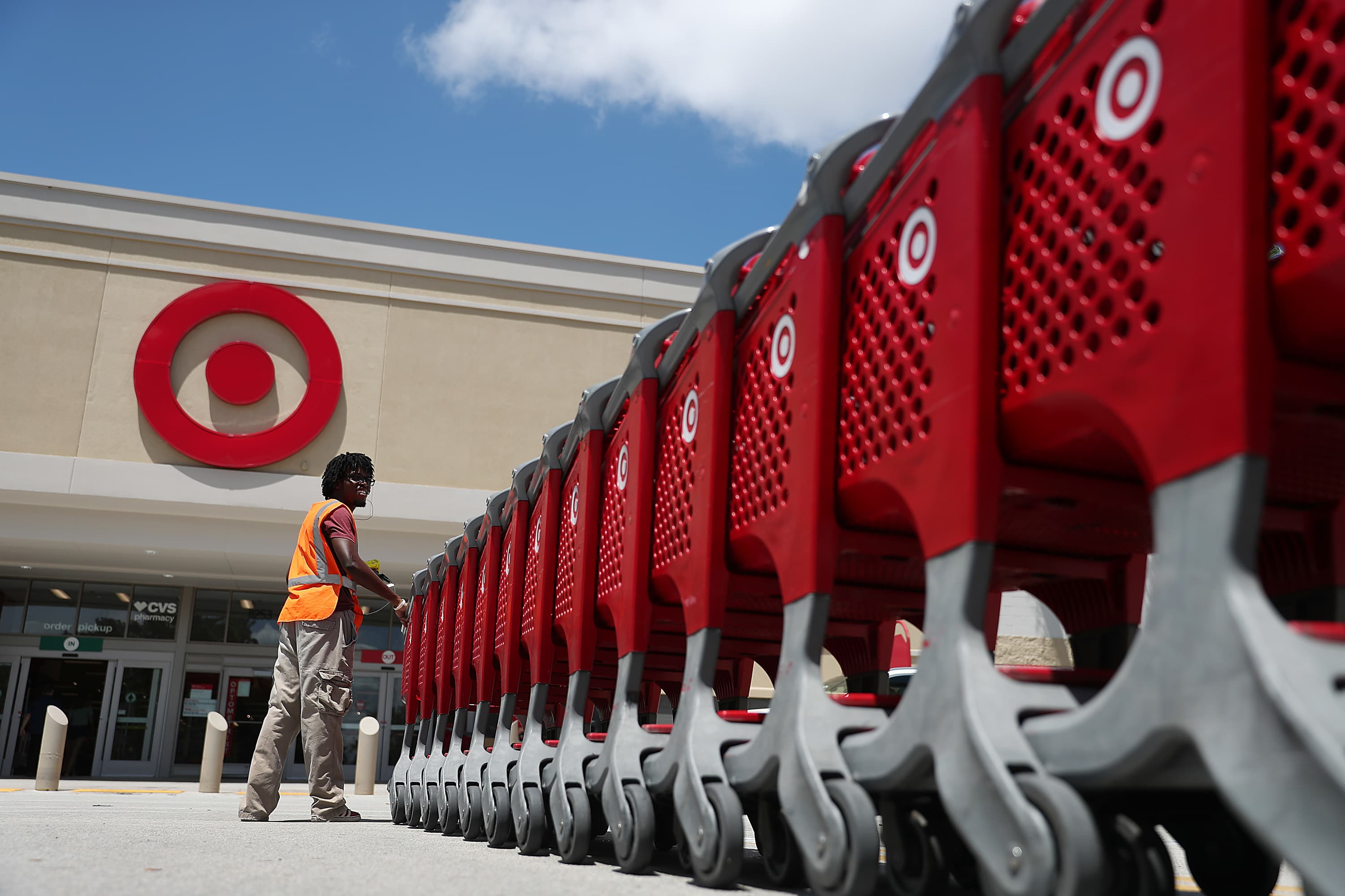 Target Raises Minimum Wage To 15 An Hour Months Before Its Deadline