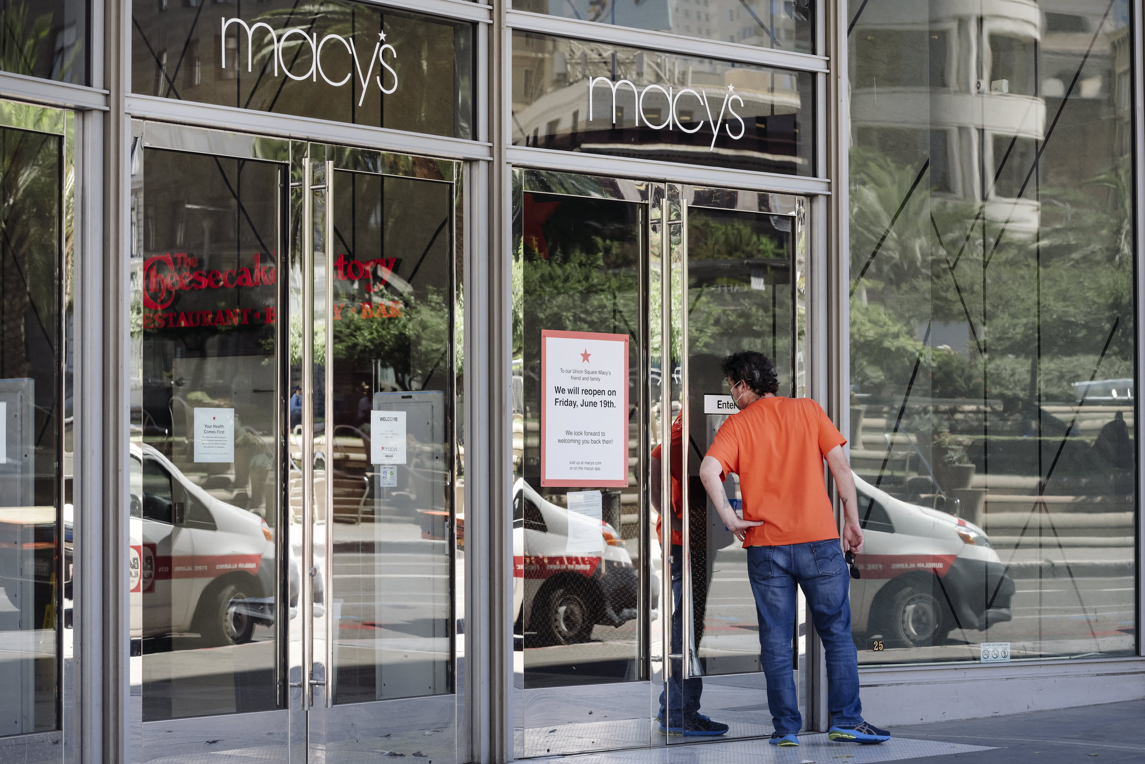 Macy's to slash 3,900 corporate jobs in restructuring