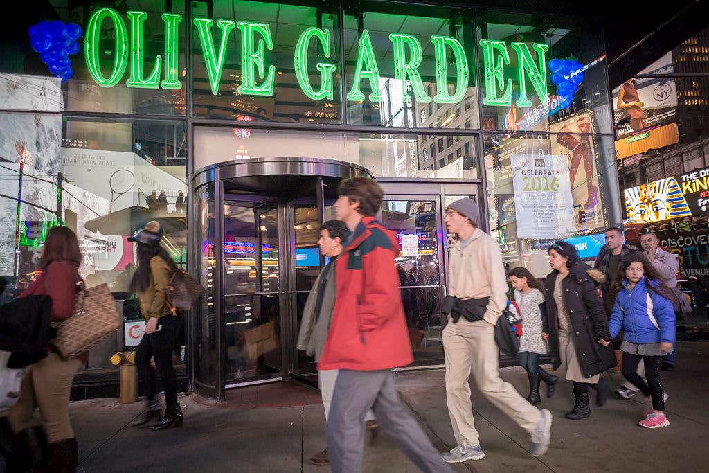 Darden Restaurants (DRI) Q4 2020 earnings hurt by coronavirus closures