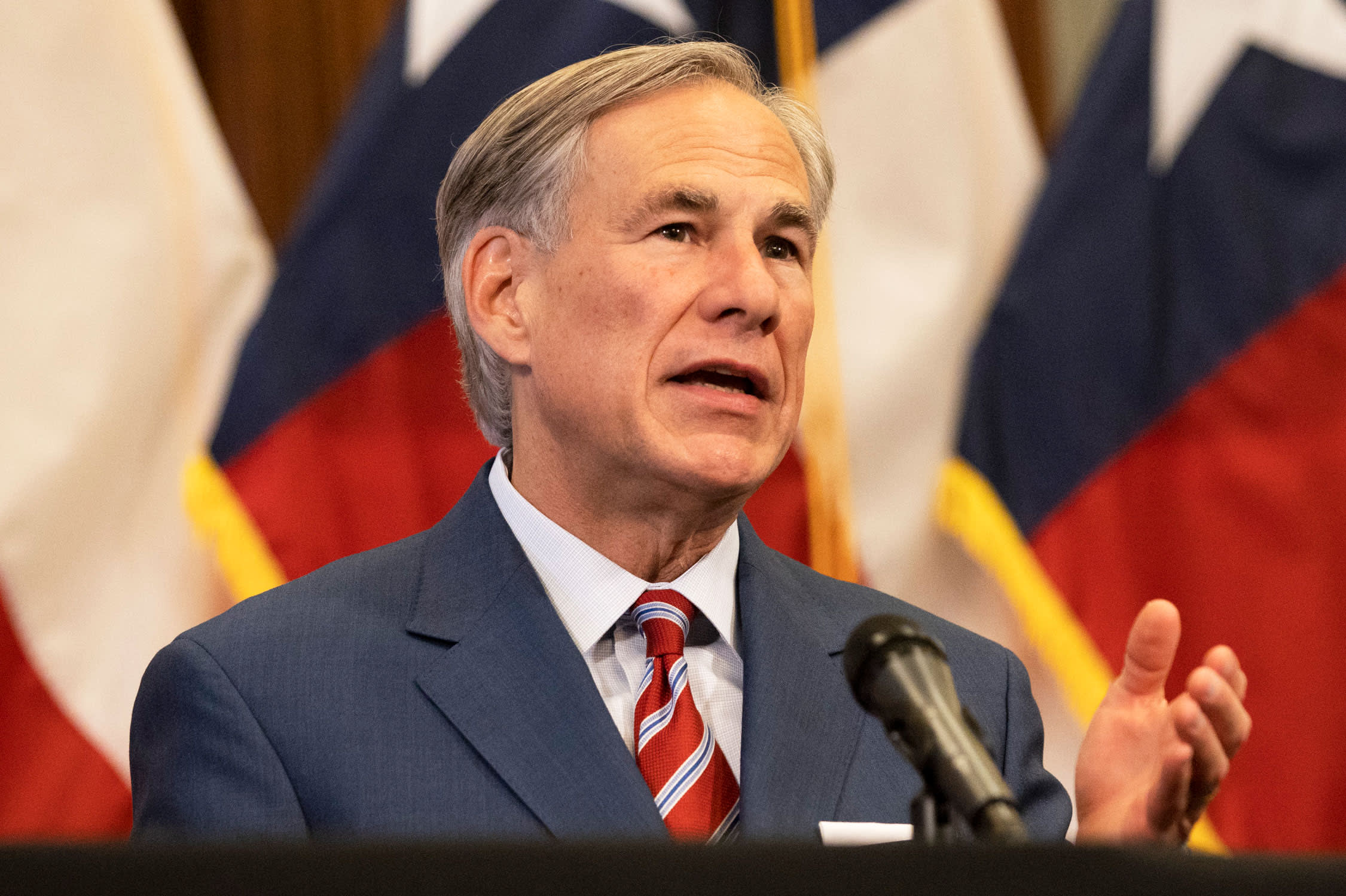 Texas pauses state's reopening plan as cases, hospitalizations rise